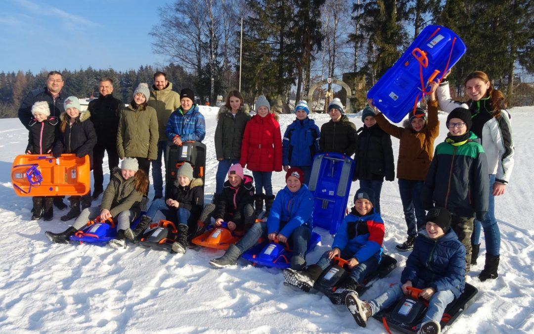 10 Skibobs, a gführiger Schnee, juchhe!