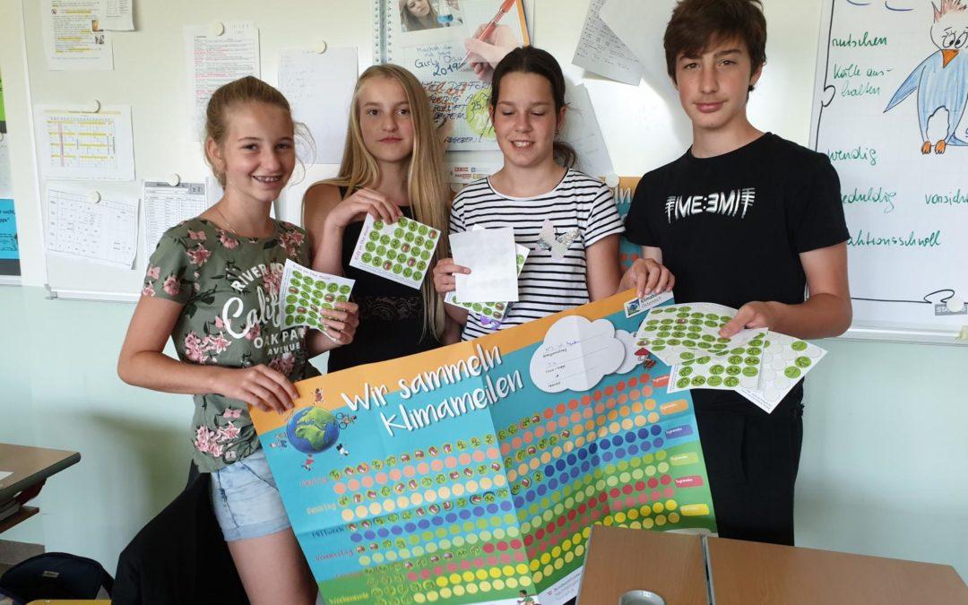 Schüler/innen sammeln Klimameilen
