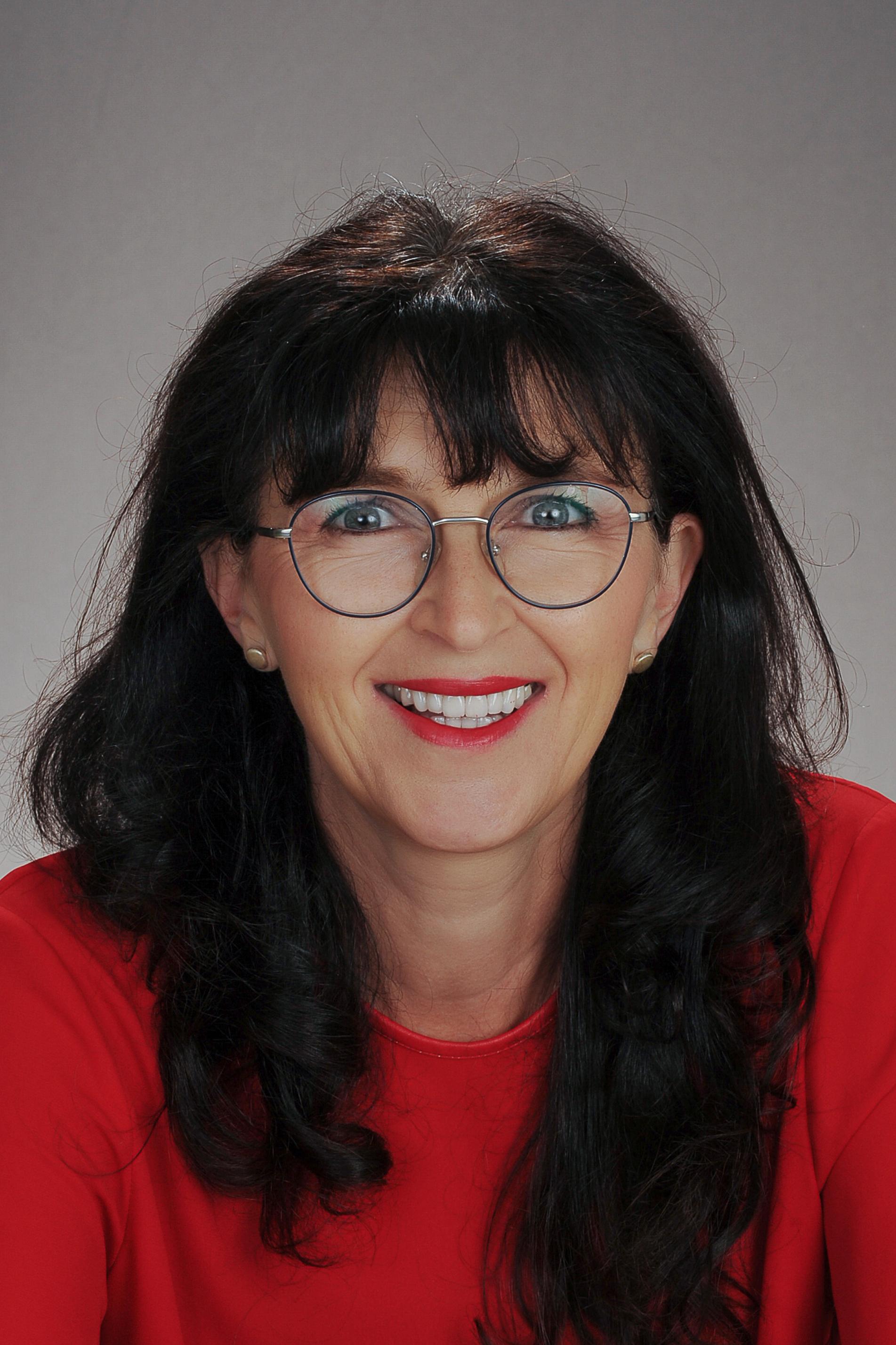 OL a.d. MS Dipl.-Päd. Doris Bartos, BEd